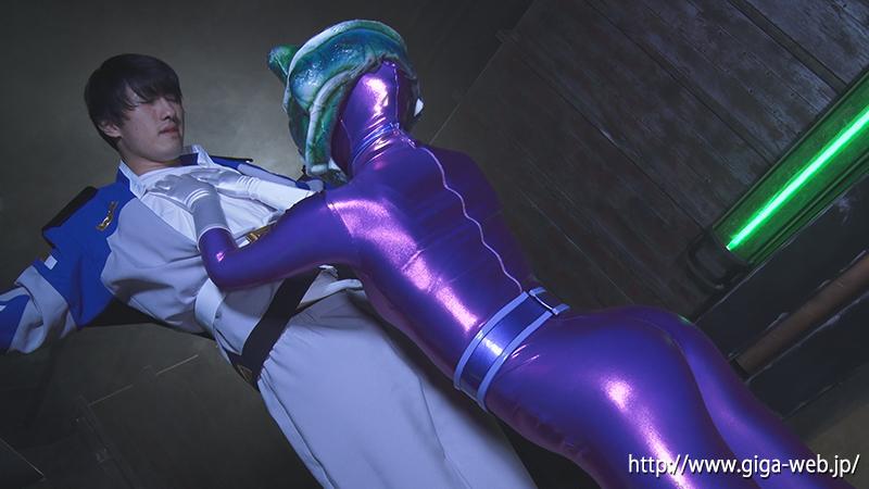 悪女星人クロウザー ヒーロー陥落012