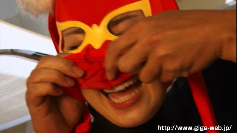 ヒロインマスク剥ぎ015