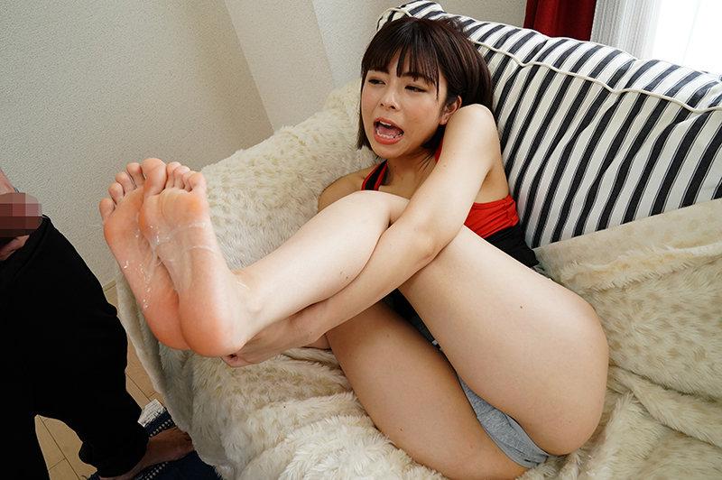 美女たちの足裏をふやけるまで舐めたい!VI ランニングシューズ編