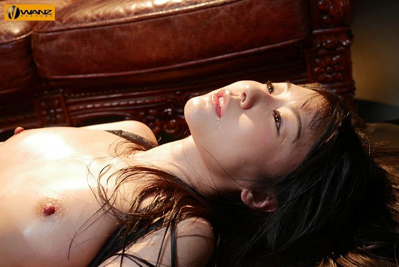 美人エリート捜査官~媚薬オイル工場潜入篇~ つぼみ